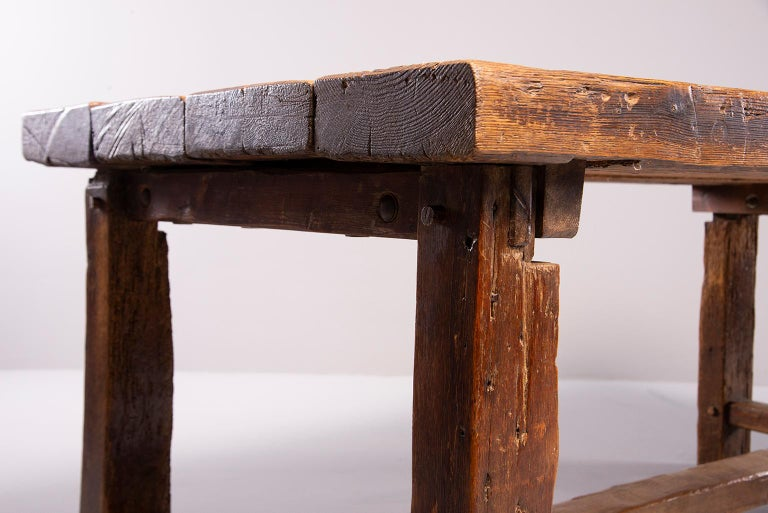 Early 19th Century French Oak Table For Sale 11