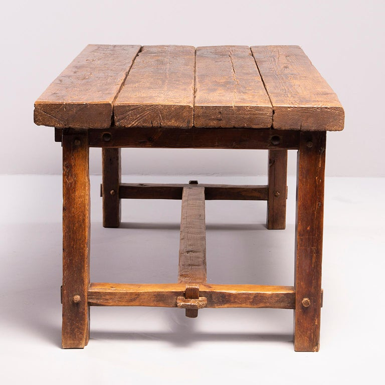 Early 19th Century French Oak Table For Sale 1