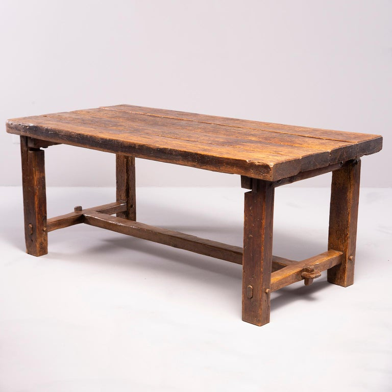 Early 19th Century French Oak Table For Sale 2