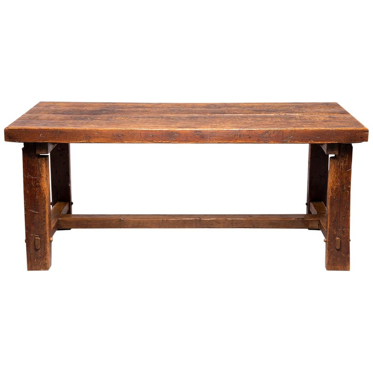 Early 19th Century French Oak Table For Sale