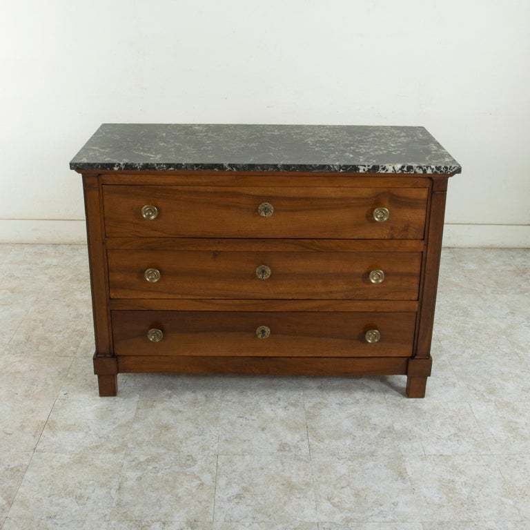 Early 19th Century French Restauration Period Walnut Commode, Chest, Marble Top In Good Condition For Sale In Fayetteville, AR