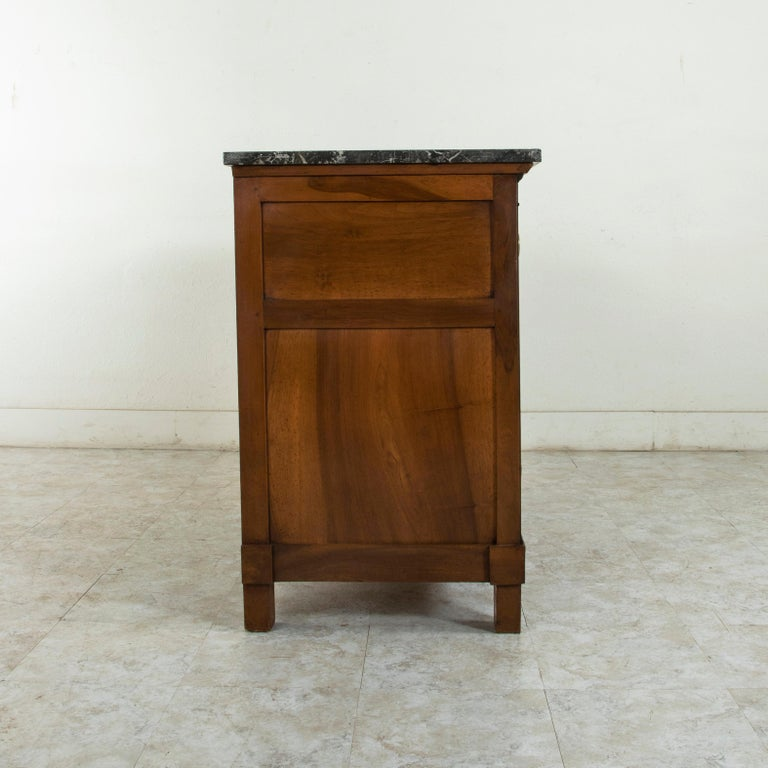 Early 19th Century French Restauration Period Walnut Commode, Chest, Marble Top For Sale 1