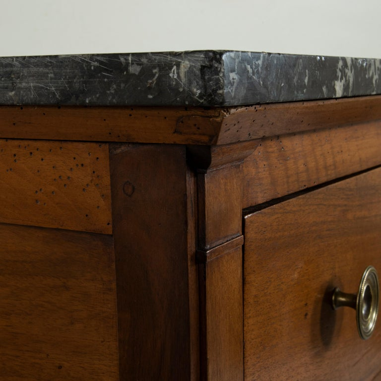Early 19th Century French Restauration Period Walnut Commode, Chest, Marble Top For Sale 4