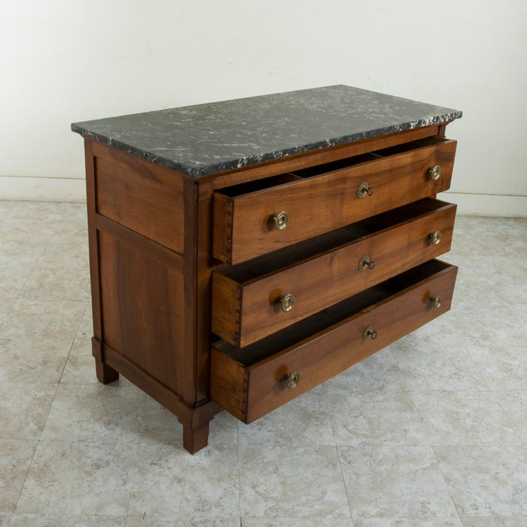 Early 19th Century French Restauration Period Walnut Commode, Chest, Marble Top For Sale 6
