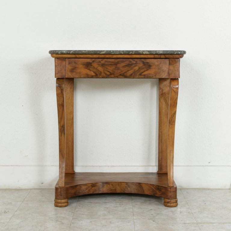 Early 19th Century French Restauration Period Walnut Console Table with Marble In Excellent Condition For Sale In Fayetteville, AR