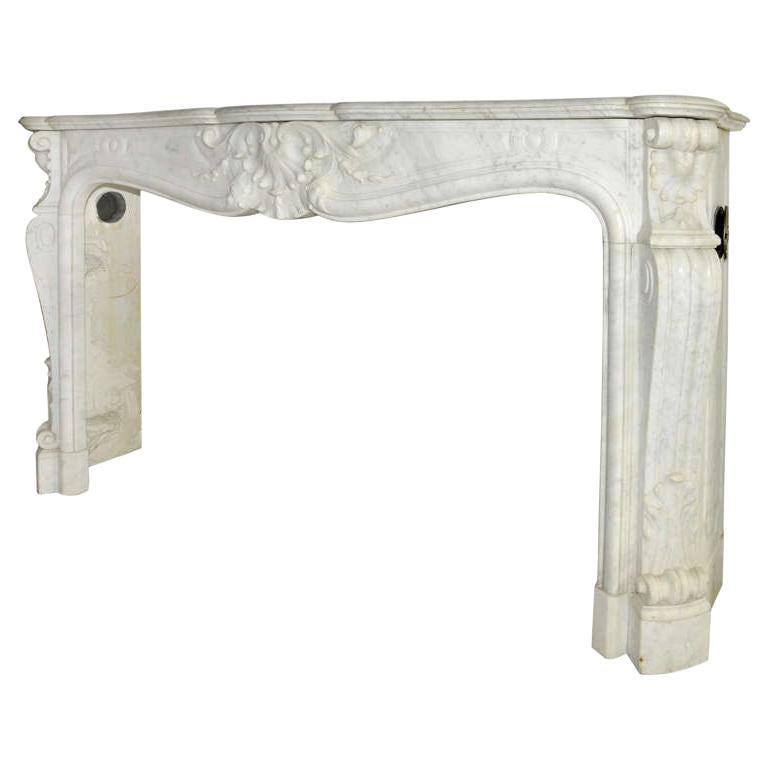 Early 19th Century French Rococo White Carrara Marble Grand Mantel Piece For Sale