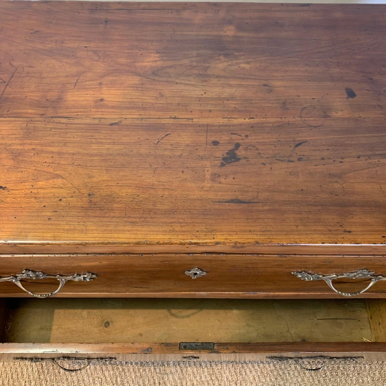 Early 19th Century French Two-Drawer Commode For Sale 3