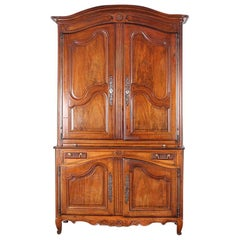 Early 19th Century French Walnut Louis XV Buffet and Hutch Deux Corps
