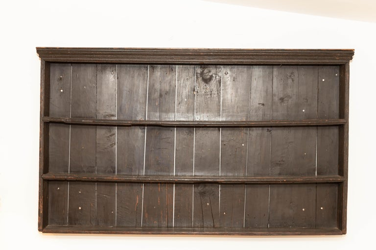 Early 19th Century George III Pine Plate Rack In Good Condition For Sale In East Hampton, NY