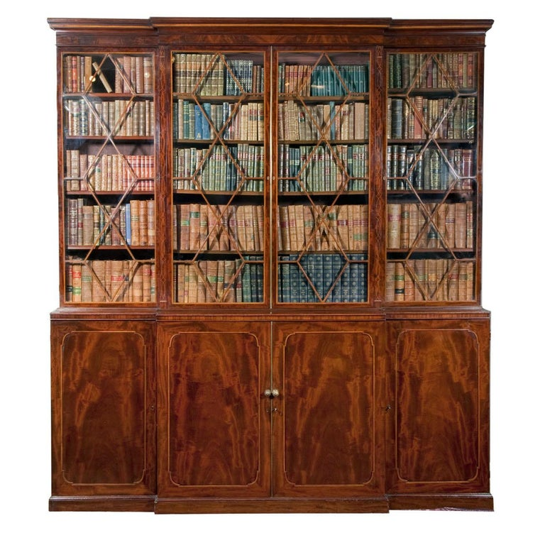 English Early 19th Century Georgian Breakfront Bookcase, Stamped Gillows of Lancaster For Sale