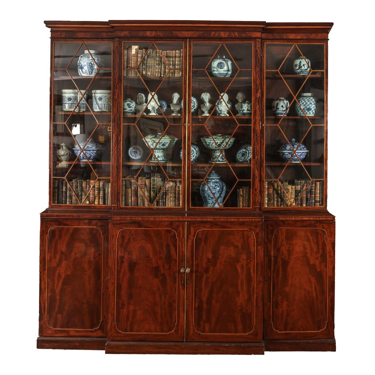 Early 19th Century Georgian Breakfront Bookcase, Stamped Gillows of Lancaster For Sale
