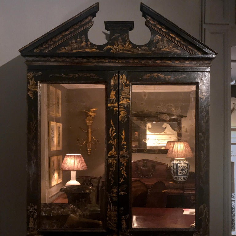 Early 19th Century Georgian Chinoiserie Bureau Bookcase In Excellent Condition For Sale In New York, NY