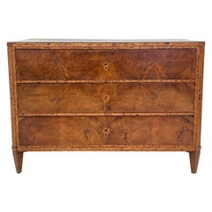 Early 19th Century German Walnut Biedermeier Chests of Drawers, circa 1820