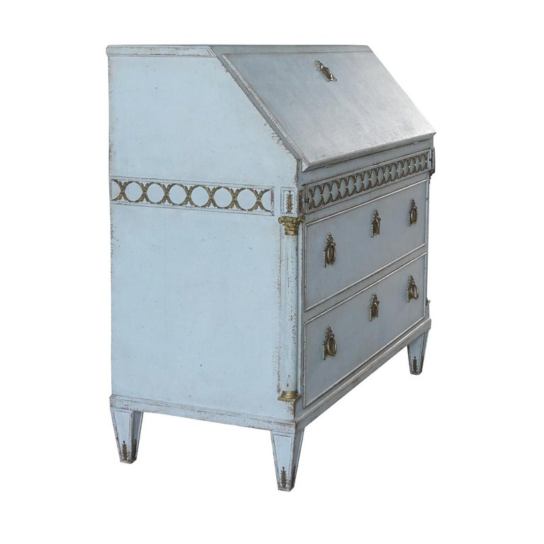 Swedish Early 19th Century Gustavian Bureau or Writing Desk For Sale