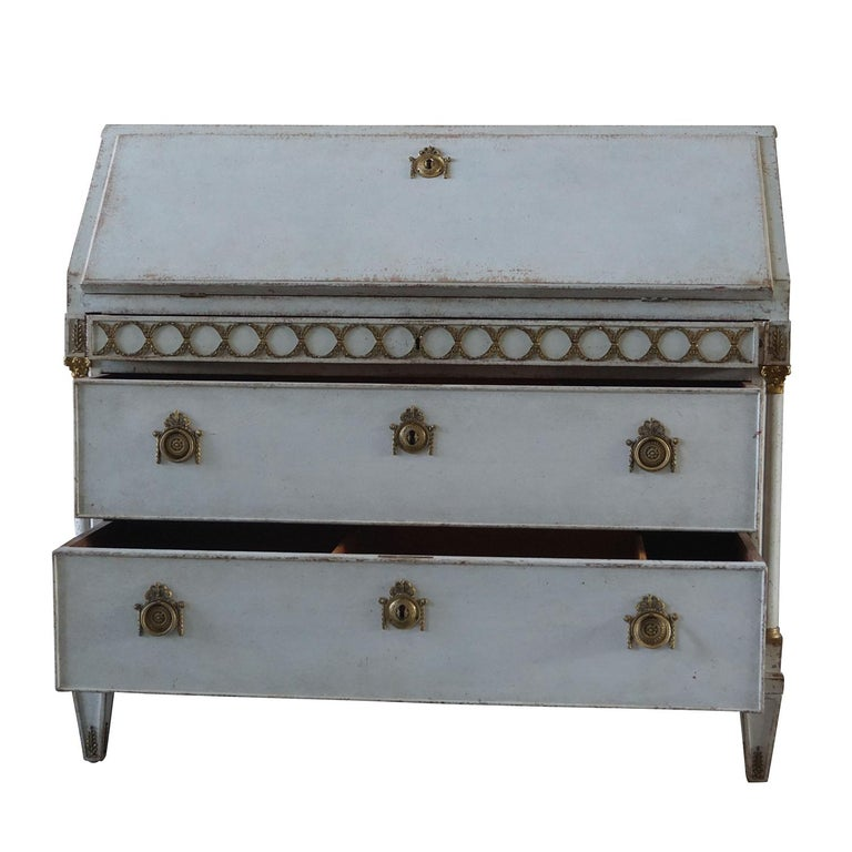 Early 19th Century Gustavian Bureau or Writing Desk In Good Condition For Sale In West Palm Beach, FL