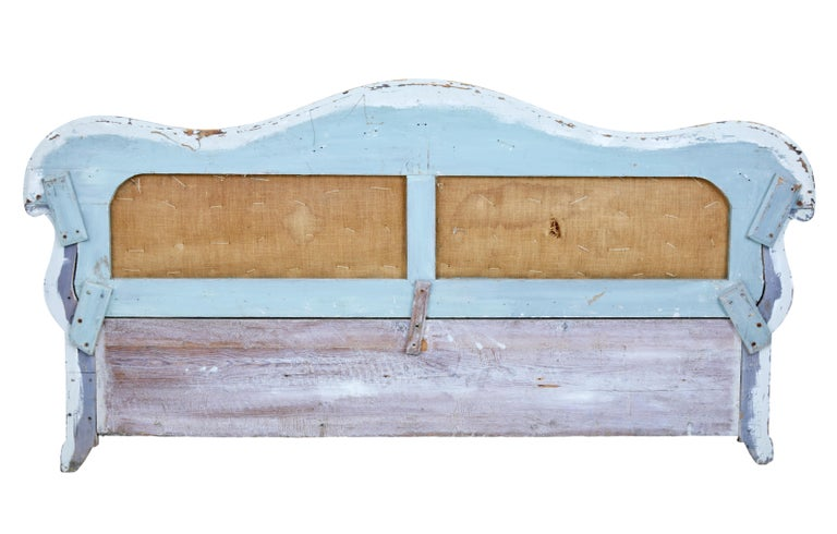 Early 19th Century Gustavian Painted Pine Sofa Bed For Sale 2