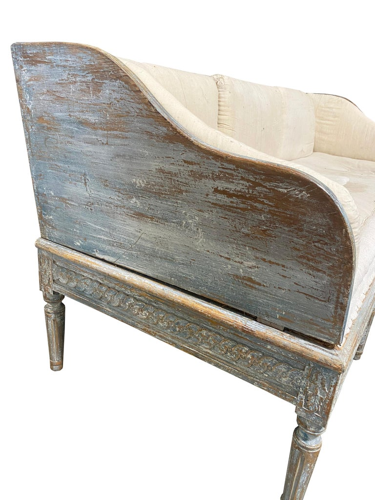 Early 19th Century Gustavian Swedish Wood Sofa with Original Blue Paint In Good Condition For Sale In Round Top, TX