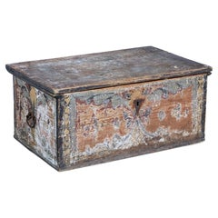 Early 19th Century Hand Painted Traditional Swedish Pine Chest