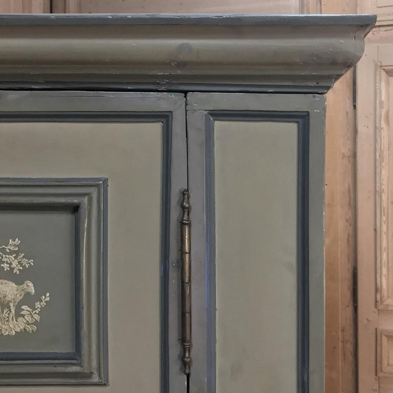 Early 19th Century Italian Neoclassical Painted Armoire For Sale 10