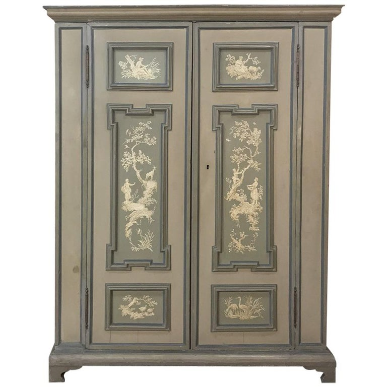 Early 19th Century Italian Neoclassical Painted Armoire For Sale