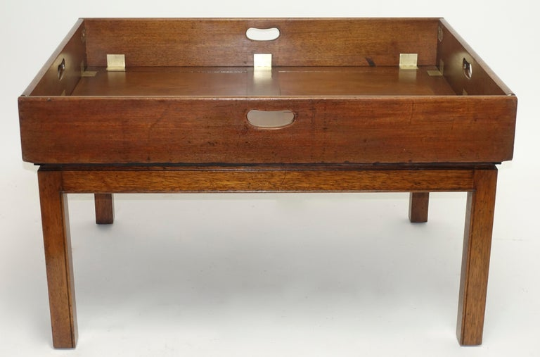 Early 19th Century Large Mahogany Butlers Tray on Stand In Excellent Condition For Sale In San Francisco, CA