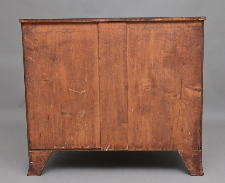 Early 19th Century Mahogany Bow Front Chest In Good Condition For Sale In Martlesham, GB