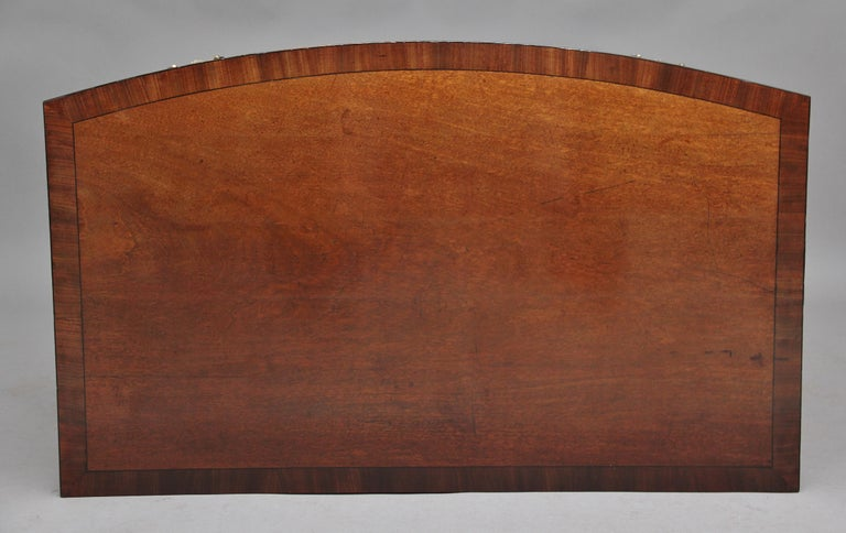 Early 19th Century Mahogany Bow Front Chest For Sale 2