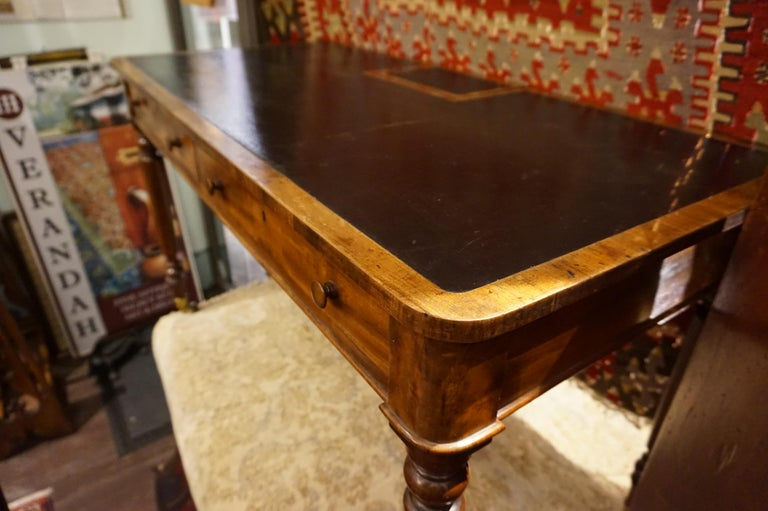 Early 19th Century Mahogany Gillows Lancaster Writing Desk on Casters For Sale 6