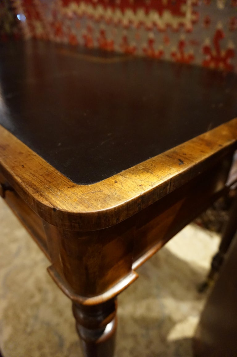 Early 19th Century Mahogany Gillows Lancaster Writing Desk on Casters For Sale 8