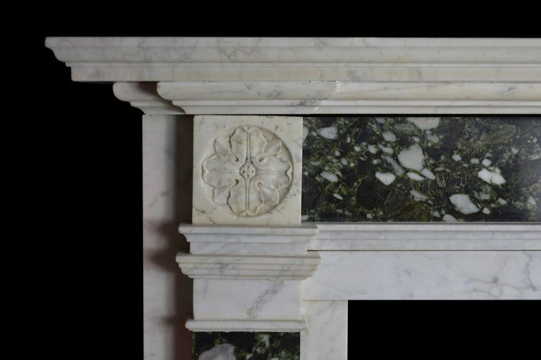 Georgian Early 19th Century Mantelpiece in Carrara and Verde Marble For Sale