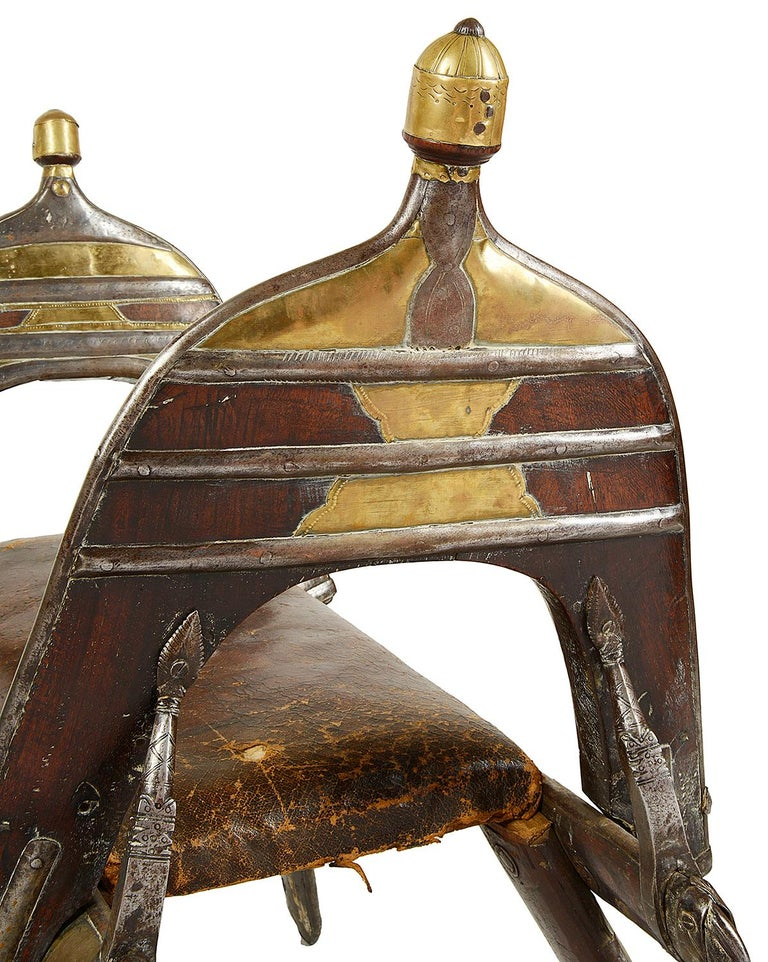Early 19th Century Napoleonic Camel Seat In Excellent Condition For Sale In Brighton, Sussex