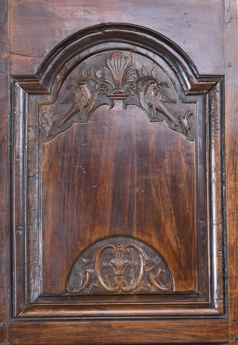 Hand-Carved Early 19th Century Narrow French Bonnetiere or Cupboard with Carved Birds For Sale