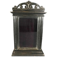 Early 19th Century Neoclassical Black Poplar Tabletop Showcase from Arezzo Italy