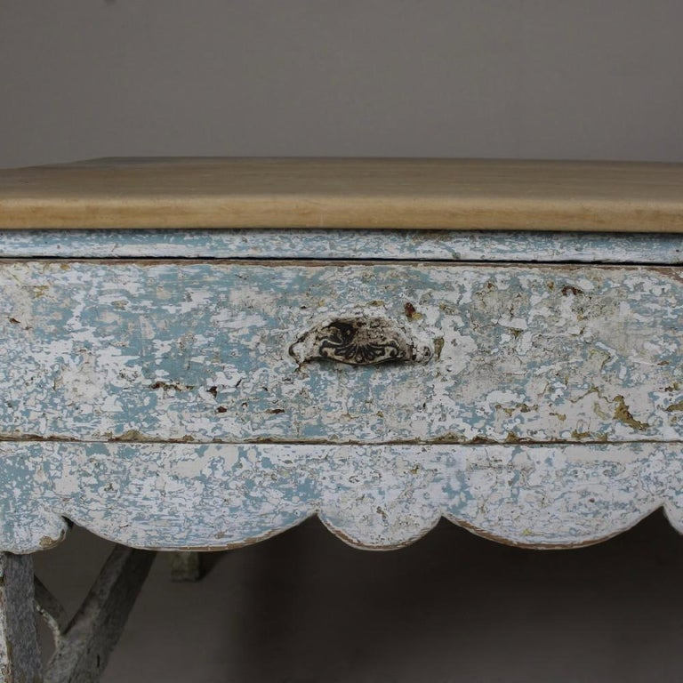 Early 19th Century Original Painted Pine Sycamore Top Bakers Table In Good Condition For Sale In Shustoke, GB