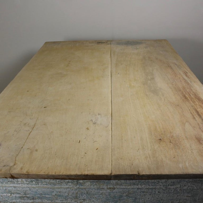 Early 19th Century Original Painted Pine Sycamore Top Bakers Table For Sale 2