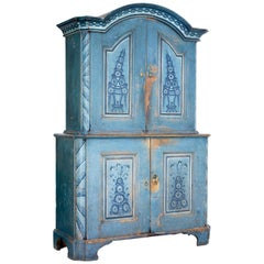 Early 19th Century Original Painted Tuna Region Swedish Cabinet