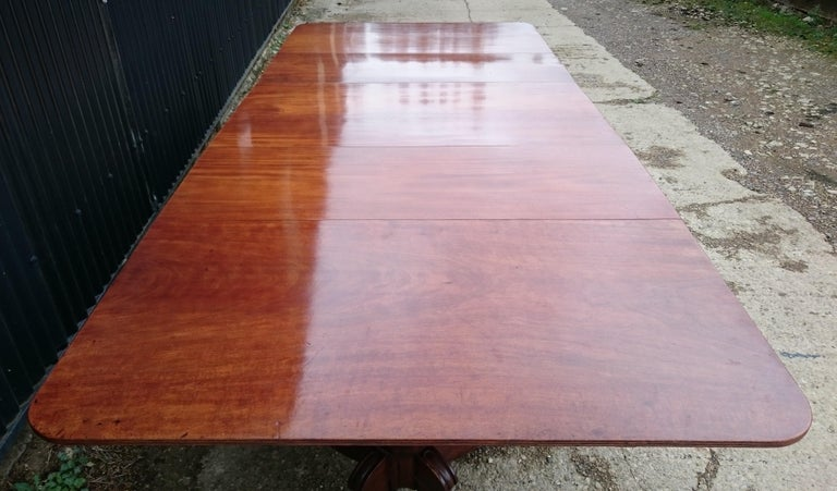 Early 19th Century Regency Mahogany Antique Dining Table In Good Condition For Sale In Gloucestershire, GB