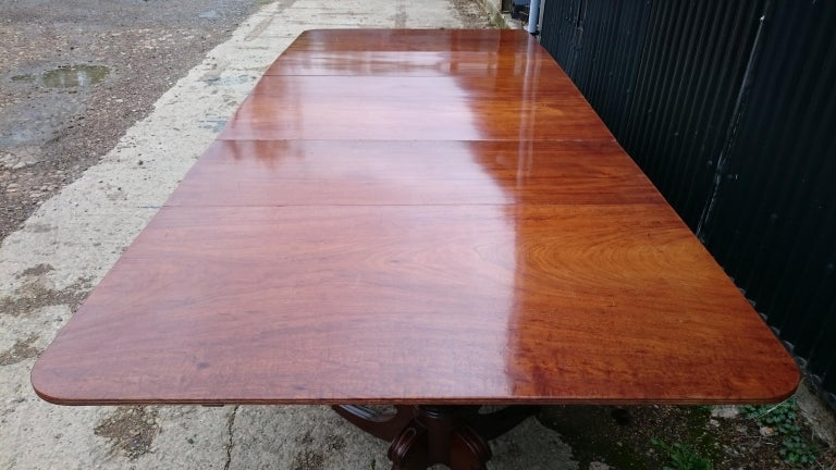 Early 19th Century Regency Mahogany Antique Dining Table For Sale 2
