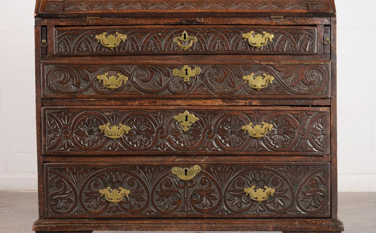 English Early 19th Century Renaissance Style Slant Front Desk For Sale