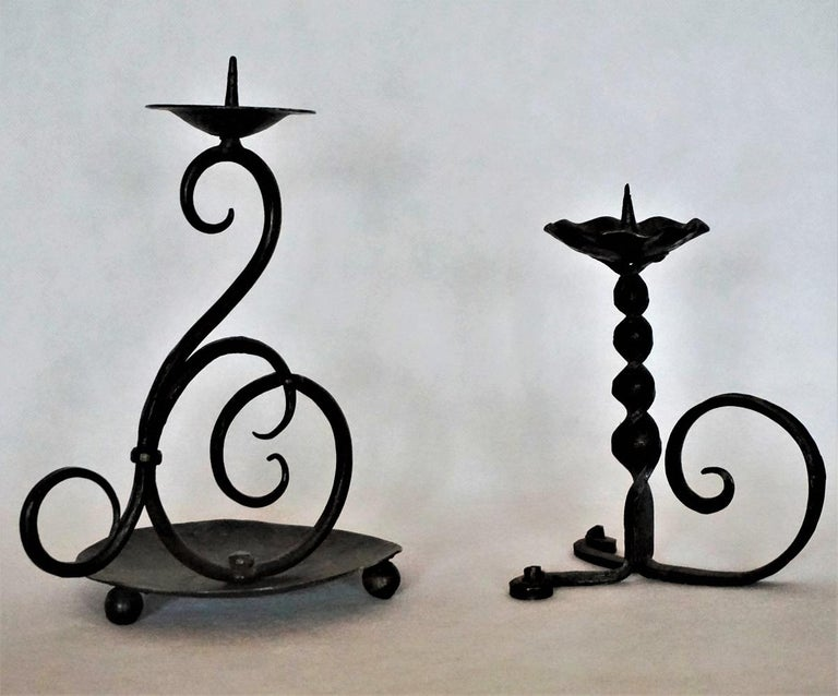 Early 19th Century Set of Three Spanish Hand Forged Iron Church Candleholders In Good Condition For Sale In Frankfurt am Main, DE