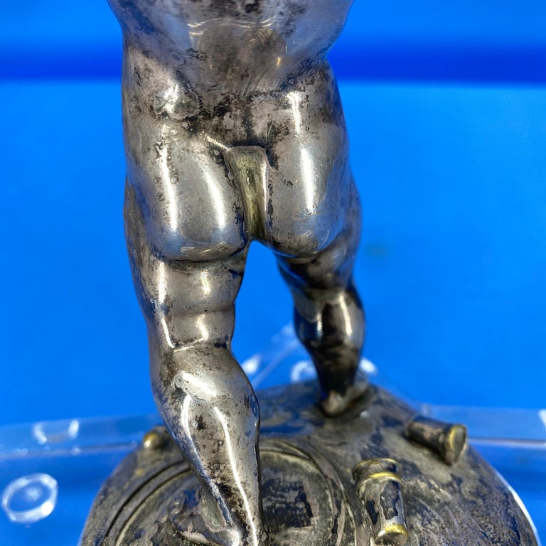 Early 19th Century Silver-Plated Putti On A Star-Shaped Lucite Base For Sale 8