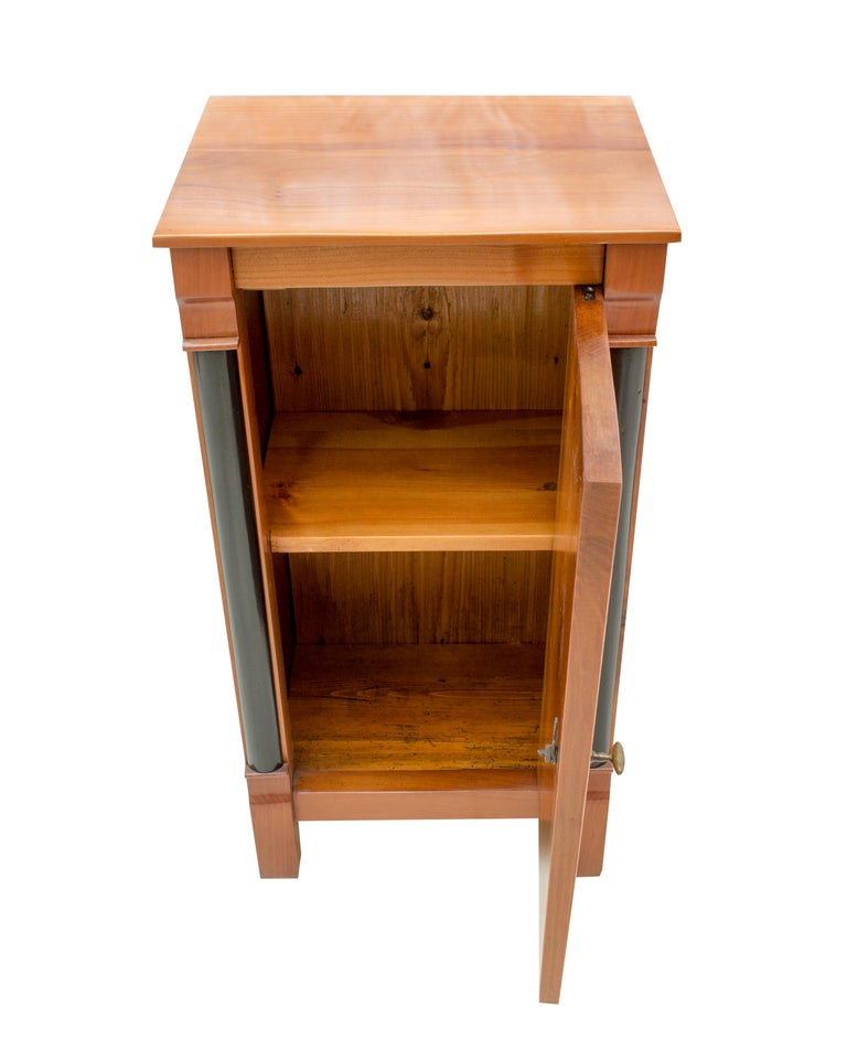 Biedermeier Early 19th Century Small Cherry Nightstand or Pillar Cabinet For Sale