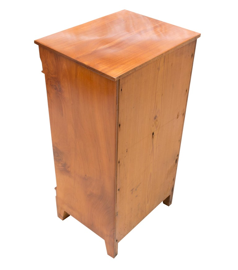 Polished Early 19th Century Small Cherry Nightstand or Pillar Cabinet For Sale