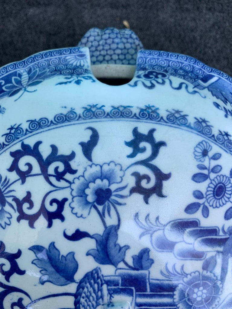 Early 19th Century Spode Blue and White Tureen For Sale 5