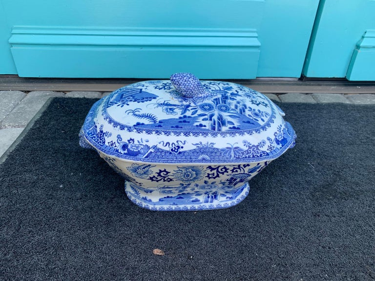 Early 19th Century Spode Blue and White Tureen For Sale 10