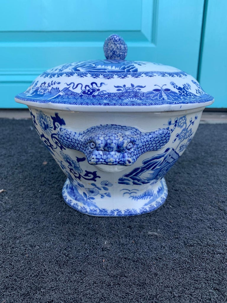 Early 19th Century Spode Blue and White Tureen For Sale 1