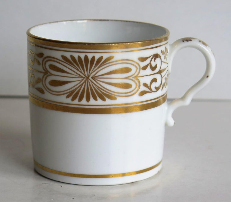 Early 19th Century Spode Porcelain Coffee Can Hand Gilded Pattern 1099, Ca 1810 For Sale 5