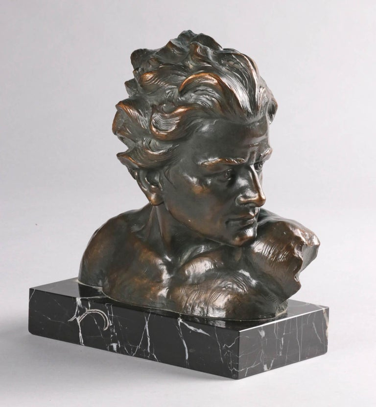 Early 20th Century Statue of a Young Man 'en Profil' by Johannes Dommisse 8