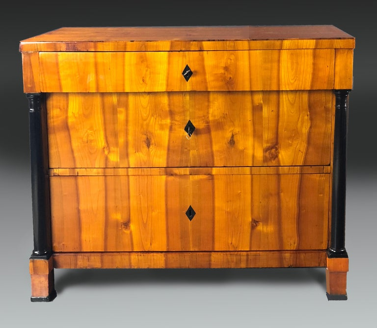 Early 19th Century Swedish Biedermeier Cherrywood Commode Chest of Drawers For Sale 2