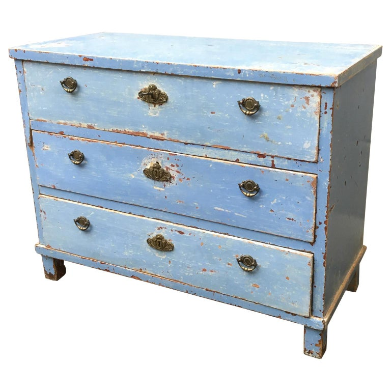 Painted Early 19th Century Swedish Chest of Drawers with Original Blue Scraped Paint For Sale